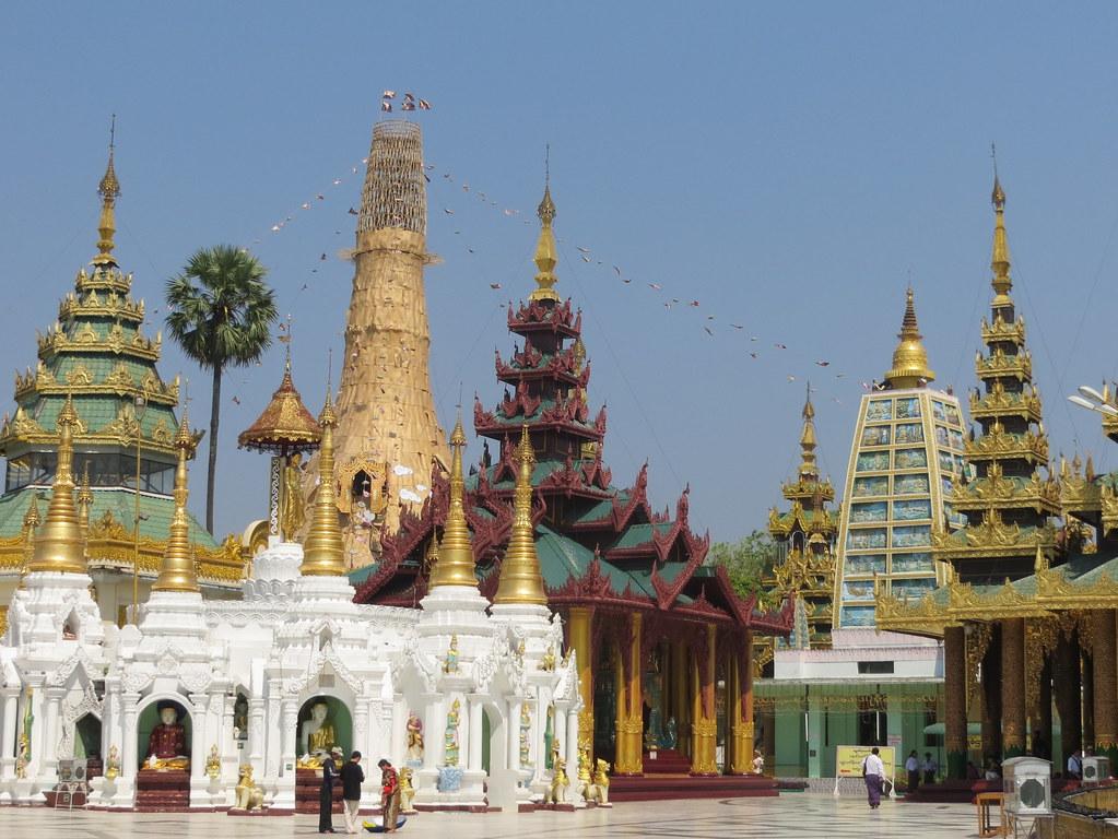 Bangkok ja Yangon 559