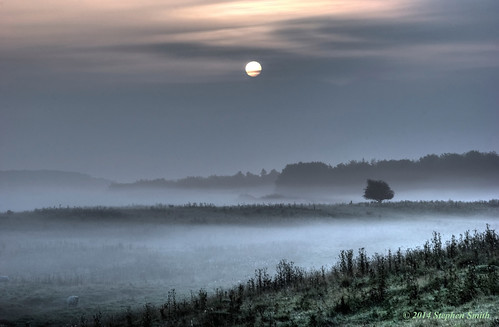 uk autumn trees england mist clouds landscape countryside woods nikon scenery farming northamptonshire earlymorning september fields hdr newton 2014 grangeroad d80 geddington