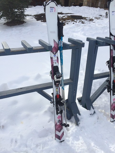 木, 2016-12-15 11:26 - レンタルしたスキー