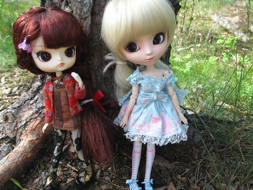 Himeka (ra muw) & Lucia (romantic alice)