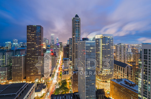 urban chicago skyline night clouds photography lights nikon long exposure downtown glow cityscape angle metro michigan vibrant wide avenue magnificent mile d800 1635mm themagmile jld3