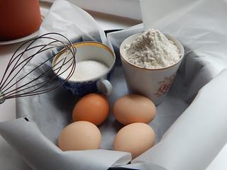 продукты для бисквита видно количество