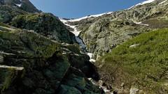 Le couloir et les pentes au-dessus du lac du Lavigliolu