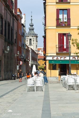 Cafe Moderno - Plaza de las Comendadoras