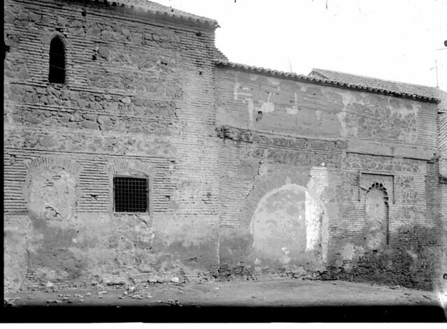 Convento de la Concepción a comienzos del siglo XX. Fotografía de J. Lacoste © MECD, Fototeca del IPCE, signatura VN-15842_P