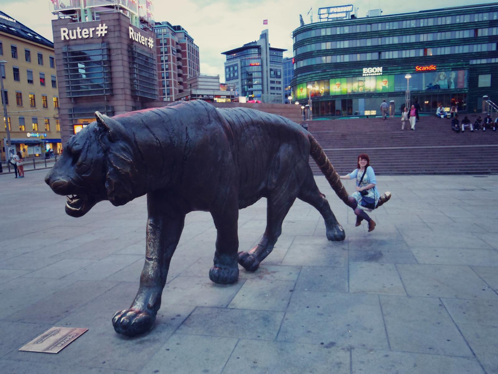 Oslo station tiger