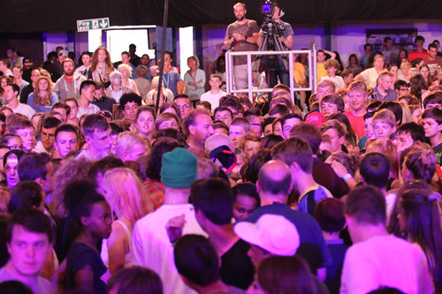 Four_thousand_young_people_gather_around_to_pray_for_Archbishop_Justin_during_evening_worship_at_Soul_Survivor_festival