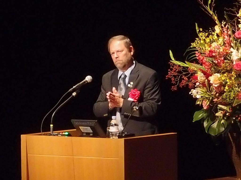 IUCN世界保護區委員會主席Dr. Ernesto Enkerlin-Hoeflich發表專題演講。(圖片來源:李沛英)