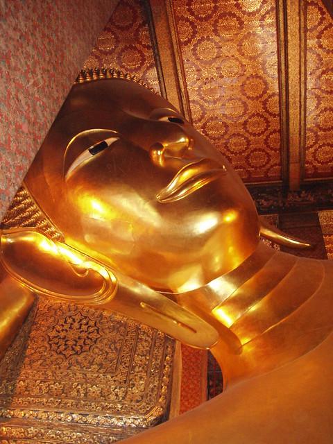 200601240043_reclining-Buddha