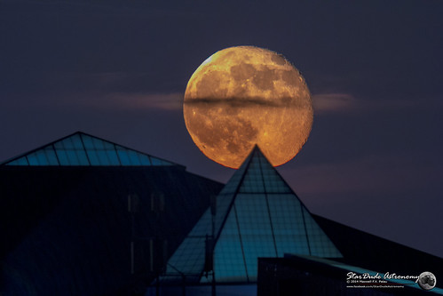 sky moon beautiful night canon landscape star ngc astro luna telescope astrophotography stunning astronomy lunar illuminati seo stargazing refractor stellarvue 60d excapture supermoon sv105t