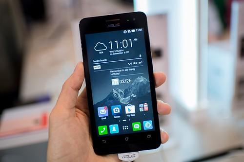 So sánh HTC Desire 616 và ZenFone 5 - 28370