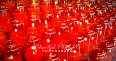 Flcikering Red Candles