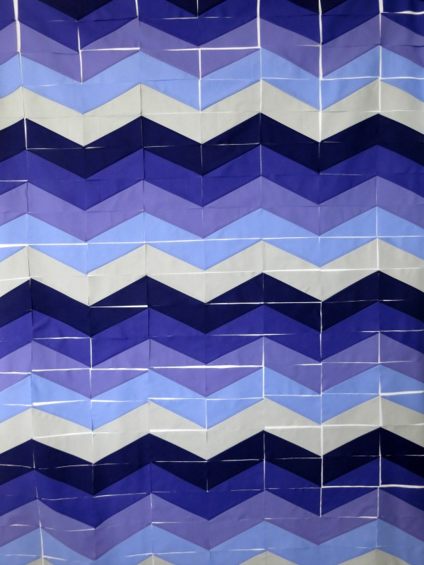 Layout of Waves Quilt Blocks