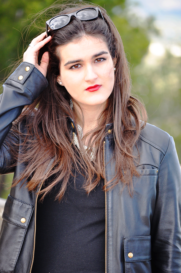 something fashion valencia spain españa fashionblogger blog moda, style streetstyle biker jacket chaqueta cuero leather jacket, how to wear sparkly flats VLC spanishbloggers style tips mango zara rayban wayfarer