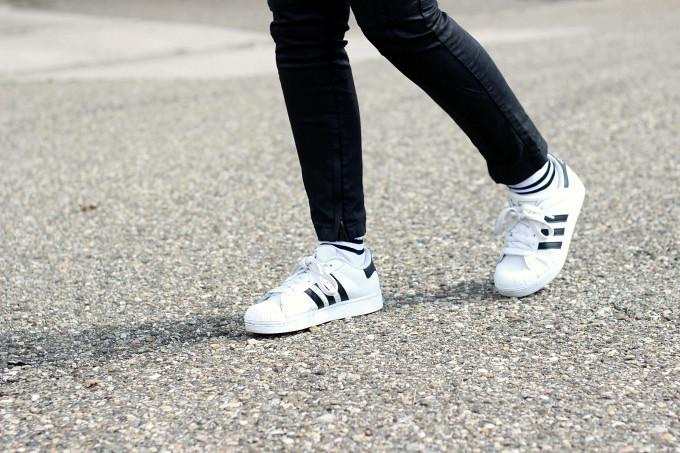 adidas superstar with socks