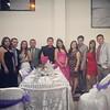 Con la hermosa quinceañera, su galante caballero y buenos amigos