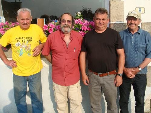07/09/2014 - Kerlanguis (Kermouster en Plougasnou) : Les finalistes du concours de boules plombées en doublettes formées