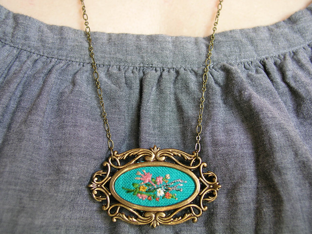 9.19 Poppy and Fern necklace