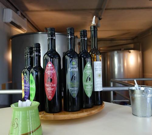 Tasting olive oils