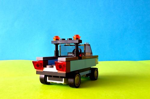 Auto-repair car (rear)