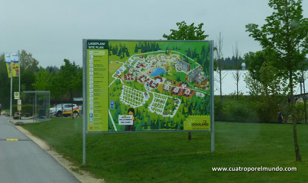 Plano del area residencial del parque. Junto al muñequito está el área de ACs
