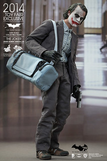 Hot Toys – MMS249 – 【搶匪版小丑 2.0】1/6 比例 The Joker Bank Robber Version 2.0