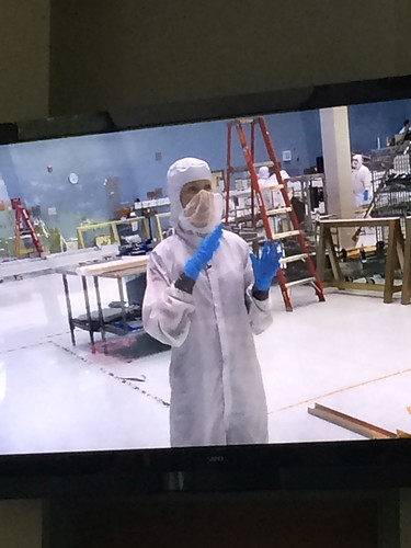 Dr. Amber Straughn  Talks to NASA Social Attendees from Inside Cleanroom