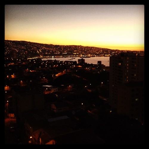 Las luces de la ciudad #valparaíso #chile #night #city #lights