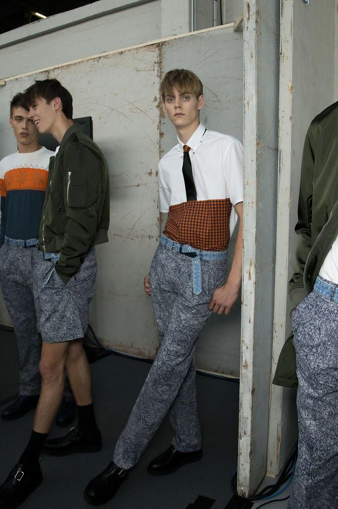SS15 Paris Krisvanassche229_Billy Vandendooren, Gustaaf Wassink, Mats van Snippenberg(fashionising.com)