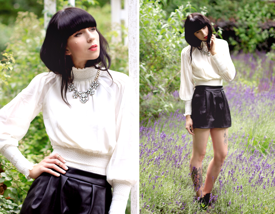 Chicwish white lace blouse Zara leather shorts heels Trendomly statement necklace roses summer shoot CATS & DOGS outfit ootd Ricarda Schernus Berlin fashion blogger 5