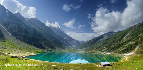panorama lake panoramicview kpk saifulmuluk lakesaifulmuluk mountainouslake hazaradivision mansehradistrict khyberpakhtunkhwa khyberpakhtunkhwaprovince panoramicviewoflakesaifulmuluk