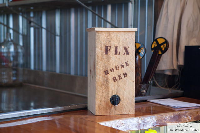 FLX House Red wine box