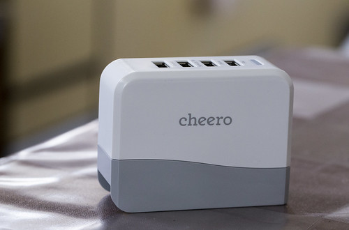 cheero 4port USB AC ADAPTER_01