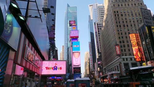 Times-Square-Galaxy-camera