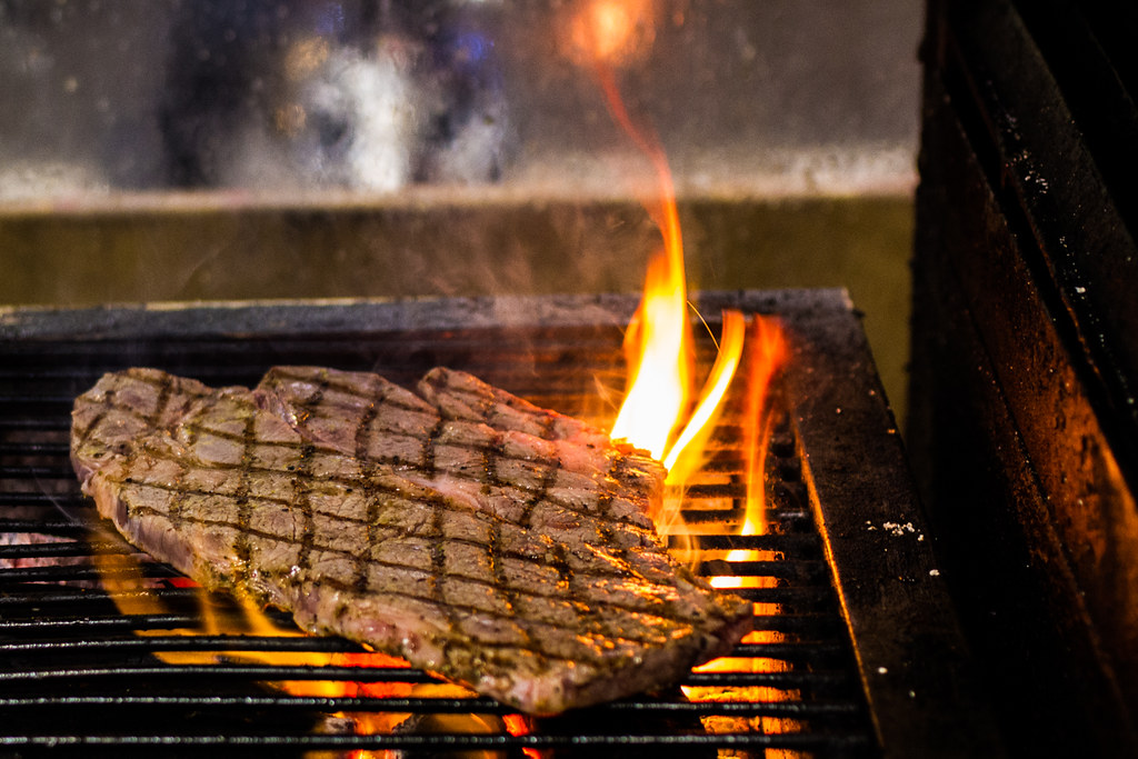 牛騎士美式碳烤牛排