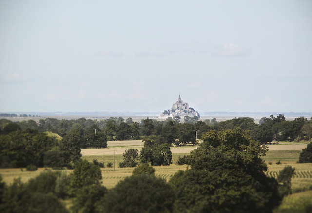 Mont Saint-Michel in the distance