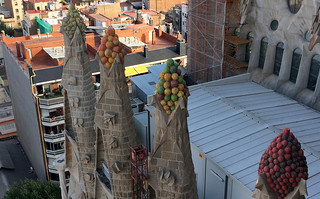 Kuva Basilica de la Sagrada Família lähellä Gràcia. barcelona españa familia spain arquitectura cathedral modernism catedral catalunya sagrada modernismo templo expiatorio cataluña basílica modernista