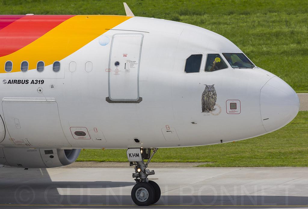13Iberia Airbus A319-111 EC-KHM