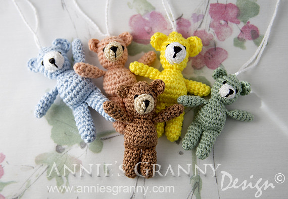 Crochet pattern: Small amigurumi teddy bear // Kristi Tullus ... | 346x500