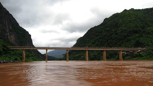 bridge river nikon coolpix laos 2014 namou p300 nongkhiaw