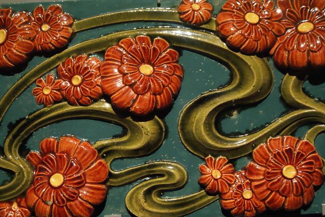 Céramique art nouveau au musée d'art deco.