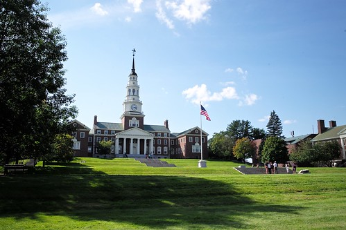 leica summer usa college campus landscape library flag steps lawn maine newengland sunny quad m miller summicron waterville f2 28 flagpole asph colby academic 240 moveinday classof2018 nescac