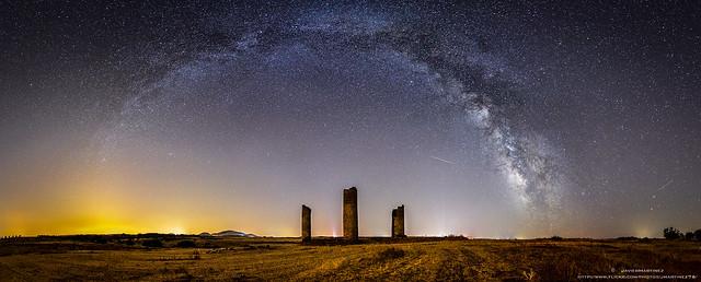 Reunión bajo las estrellas / Vía láctea Castillo de Gálvez