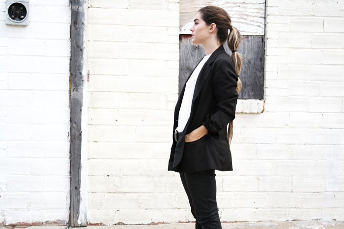 Fringe of the Cro | Black on Black outfit