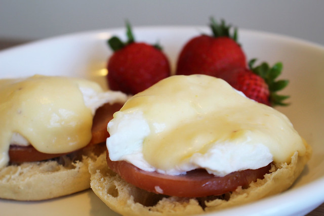 Gouda Eggs Benedict - via HeartofHomemade.com