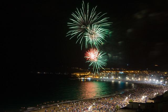 Fuegos Artificiales San Juan 2014 Playa de Las Canteras en Las Palmas de Gran Canaria