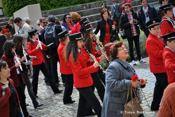 5 - 25 апреля - день революции в Каштелу Бранку - Португалия