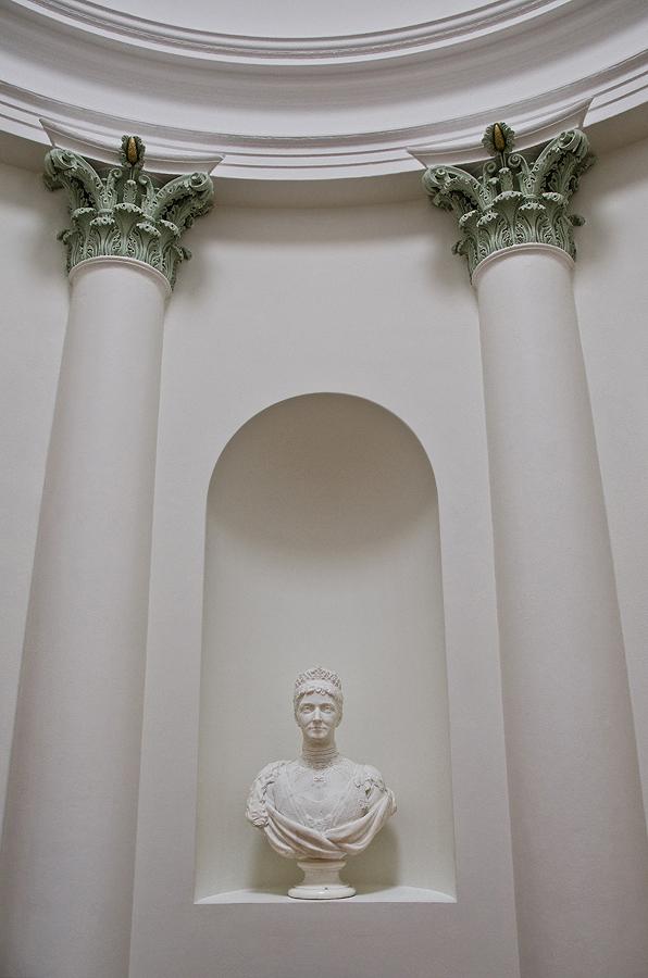 Morozova's Mansion 08