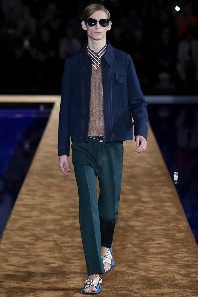 SS15 Milan Prada007_Vincent Barilleau(VOGUE)