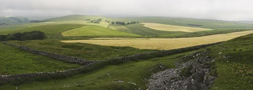 panorama landscape derbyshire peakdistrict farmland drystonewalls whitepeak peakforest limestoneway minoltaamount eldonhill britnatparks